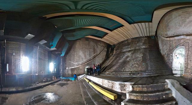 Bascule Chamber by Martin Deutsch - on Flickr https://flic.kr/p/qJJrVB under Creative Commons Bascule Chamber by Martin Deutsch – on Flickr https://flic.kr/p/qJJrVB under Creative Commons