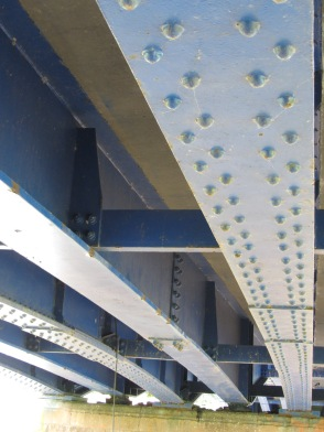 Original rivetted steel girders with added strengthening girders between